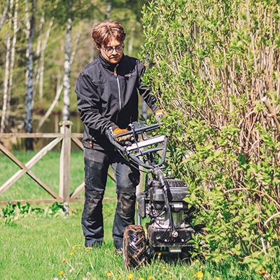 Montering av Husqvarna automowerslinga i trädgård